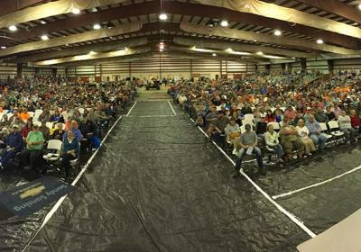 Columbia Expo Center Speaking Crowd Pano 2016 1200